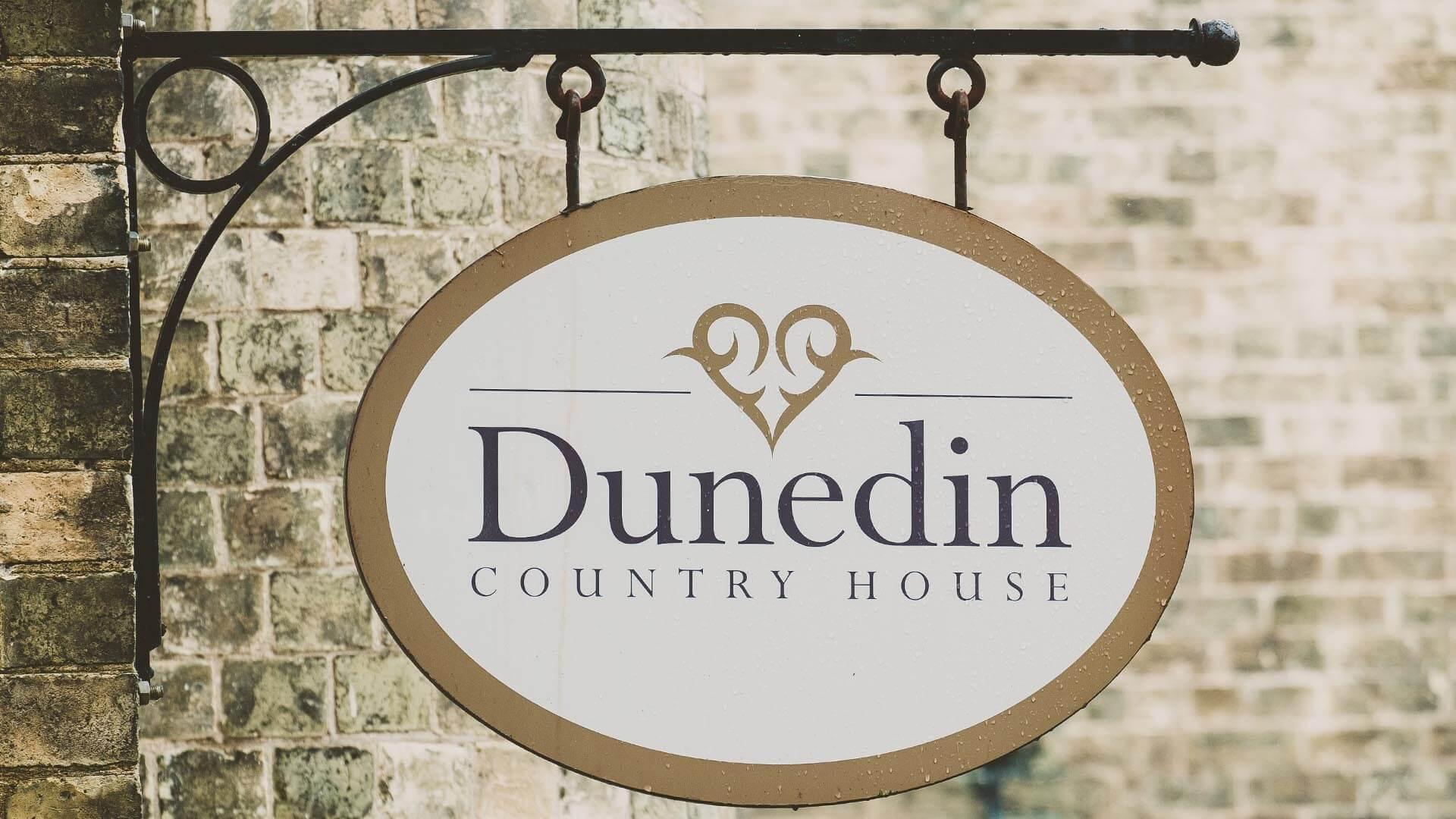 Dunedin Country House Wedding Flowers Lauren & Adam-006