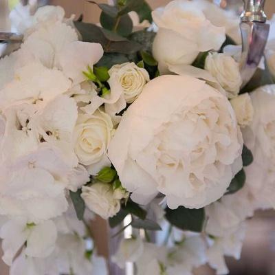 Floral Lounge White candelabra