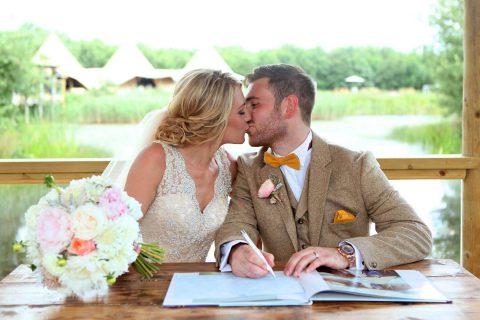 Emma & Mike – Oaklands Wedding