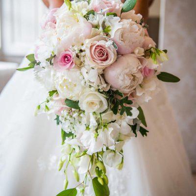 Cascade classic bouquet